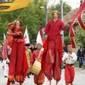 VII. Alsószeli Jurta Napok - Felvonulás a Lapostól a Millenniumi Emlékműig