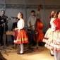 A színpadon az alsószeli Varsás Néptáncegyüttes
