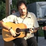 Jakubecz László koncertje a Templomkertben