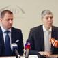 Transzparens Szlovákia a HÍD válasza a Gorillára