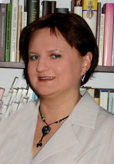M. Csepécz Szilvia (1965–2011)