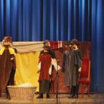 A rátóti csikótojás (népmese), előadja a Felsővámosi Magyar Alapiskola TIKIRIKI Bábcsoportja, rendezte Rebro Ágota