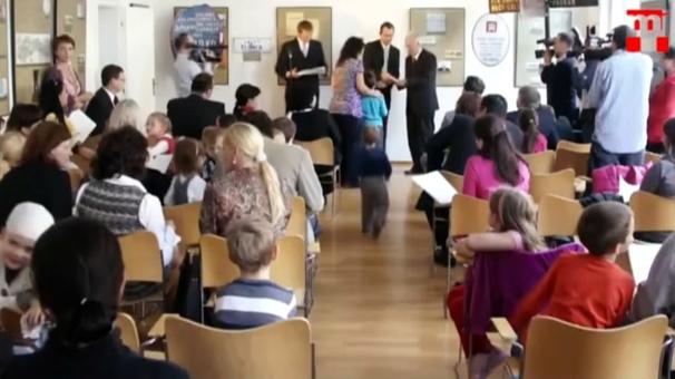 3500 gyermeket írattunk magyar iskolába