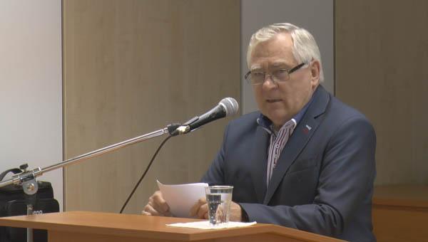 Albert Sándor professzor