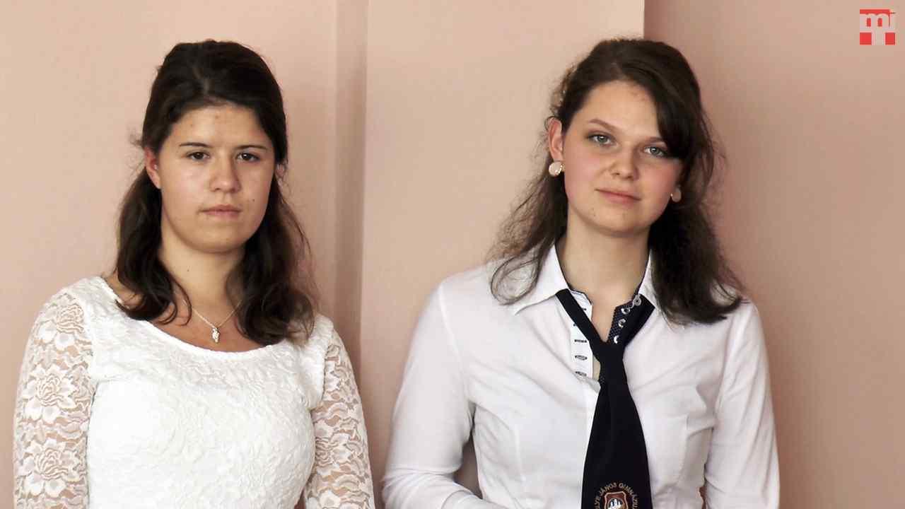 Bartalos Angelika és Fejes Vivien (Komárom)