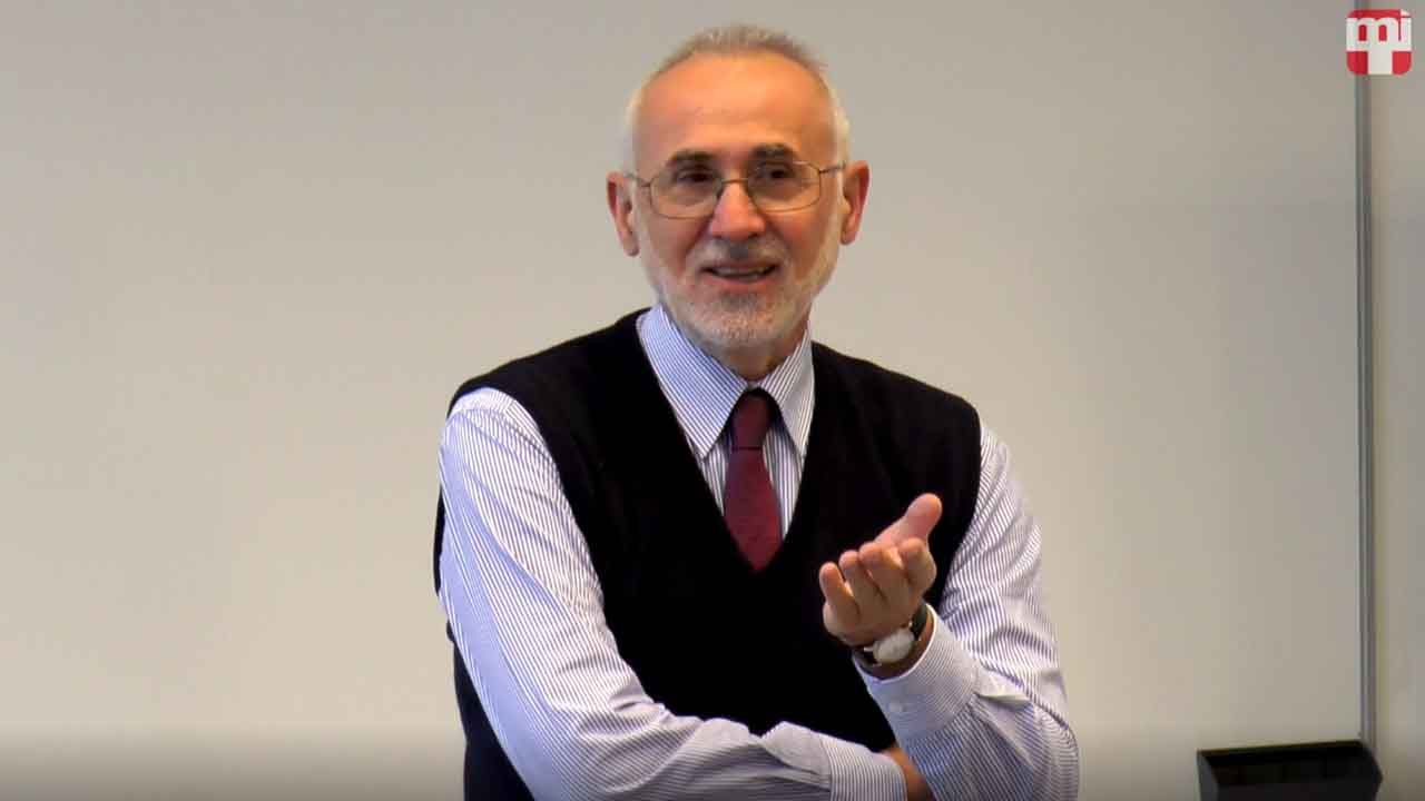 Dr. Romsics Ignác