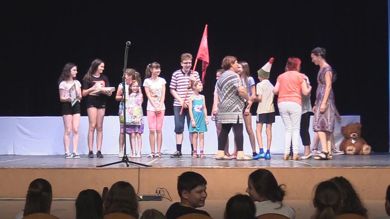 43. Duna Menti Tavasz - színjátszók, díjátadó, minősítése