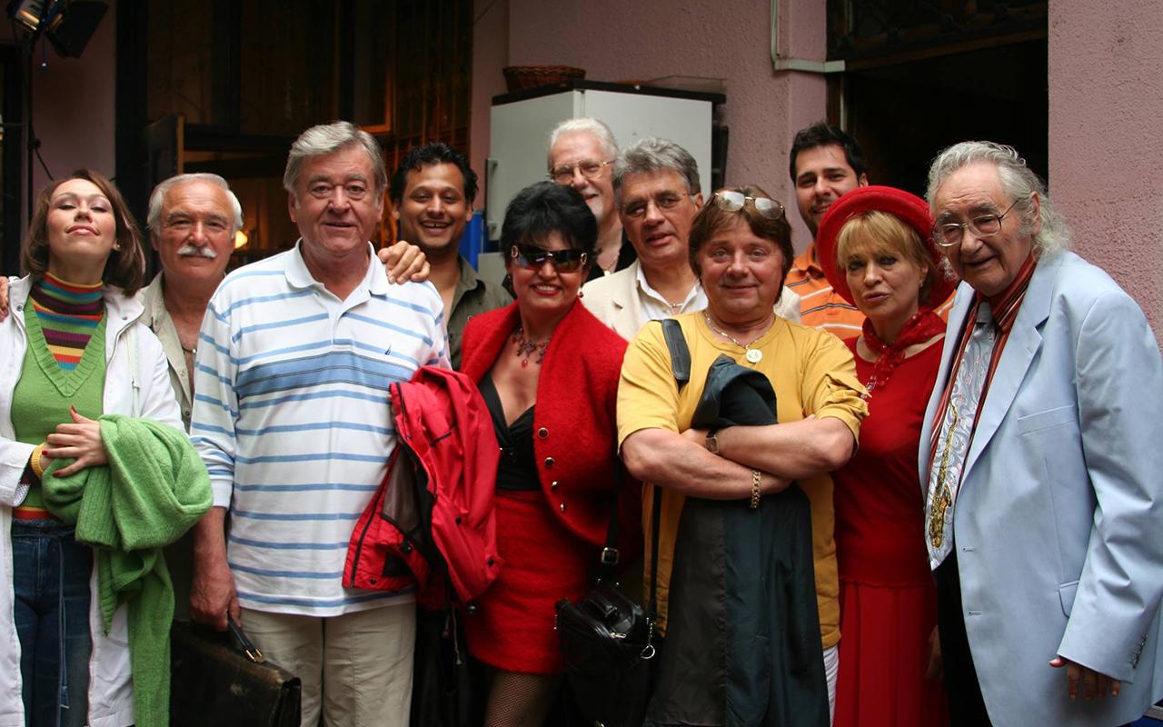 Szenes Iván (jobb szélen) és barátai